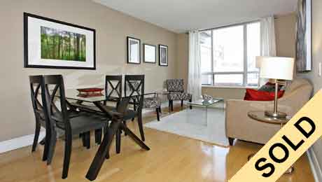 Life-In-Midtown-Listings-123-Eglinton-Suite-1114-Sold