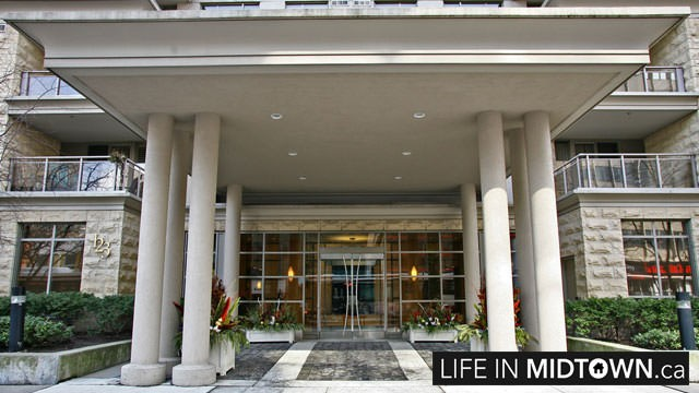 LifeInMidtown-Condos-123-Eglinton-Entrance