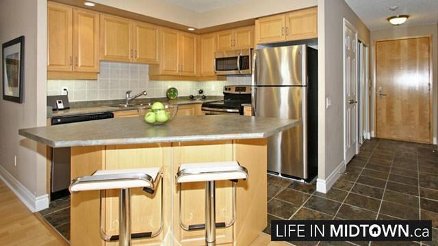 LifeInMidtown-Condos-123-Eglinton-Suite-1111-3