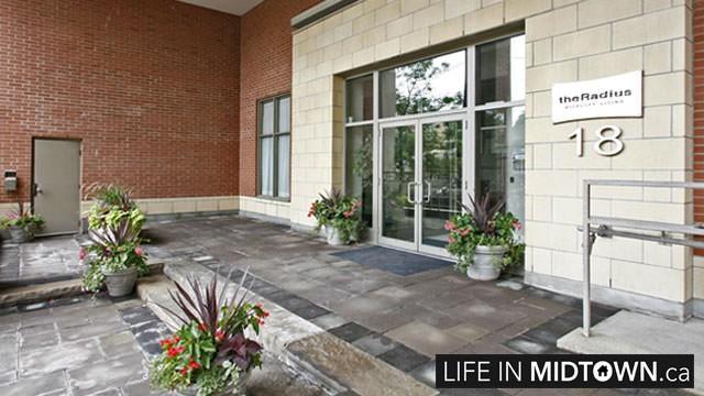 LifeInMidtown-Condos-18-Merton-Entrance1