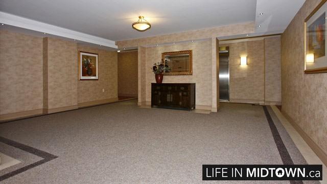 LifeInMidtown-Condos-188-Redpath-Lobby