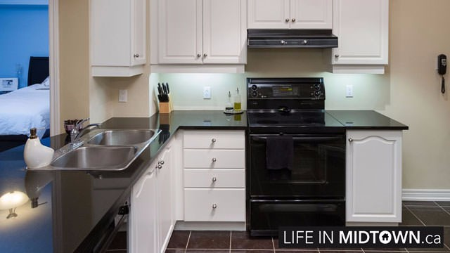 LifeInMidtown-Condos-2-Edith-Kitchen
