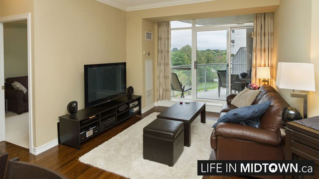 LifeInMidtown-Condos-2-Edith-Living-Room2