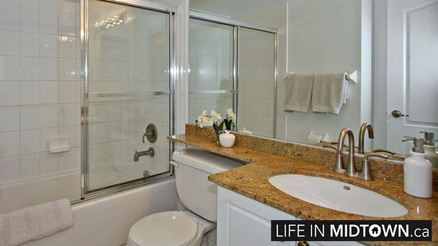 LifeInMidtown-Condos-212-Eglinton-Bathroom