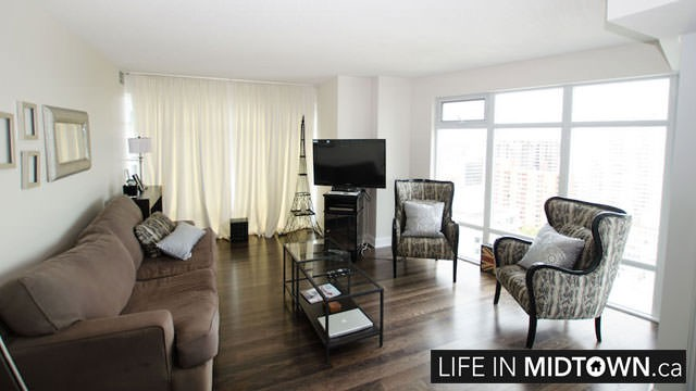 LifeInMidtown-Condos-2181-Yonge-Living