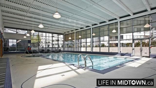 LifeInMidtown-Condos-2181-Yonge-Pool