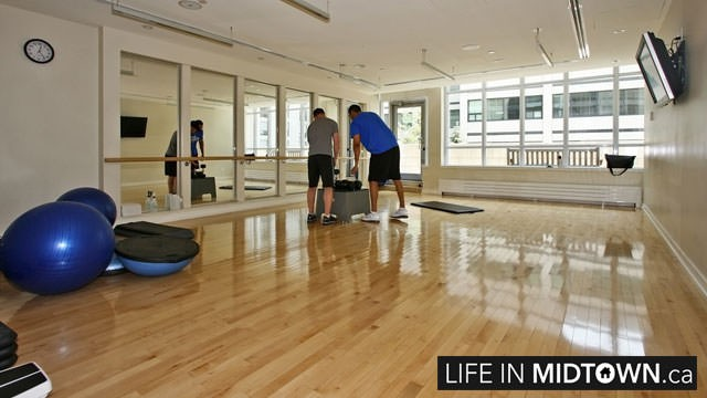 LifeInMidtown-Condos-2191-Yonge-Aerobics
