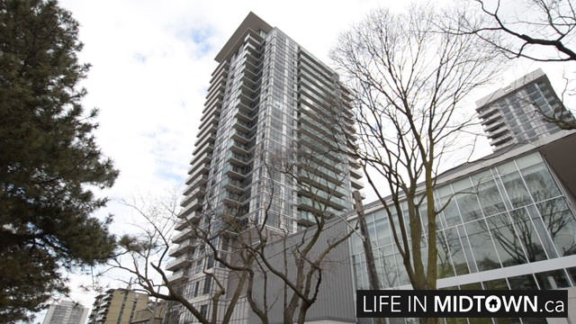 LifeInMidtown-Condos-25-Broadway-Exterior