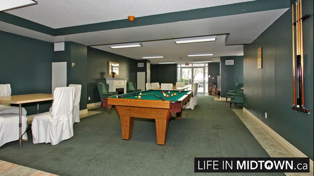 LifeInMidtown-Condos-260-Merton-Billiards