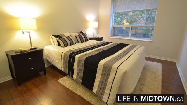 LifeInMidtown-Condos-300-Balliol-Bedroom
