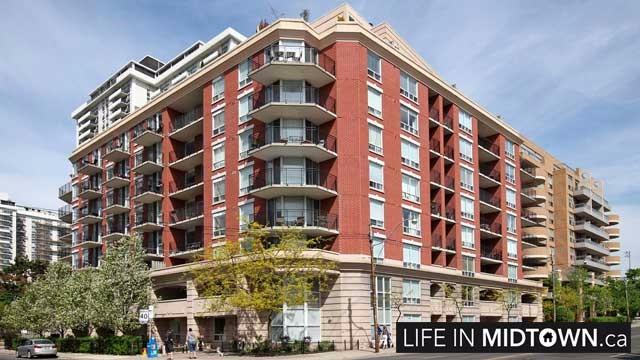 LifeInMidtown-Condos-300-Balliol-Exterior