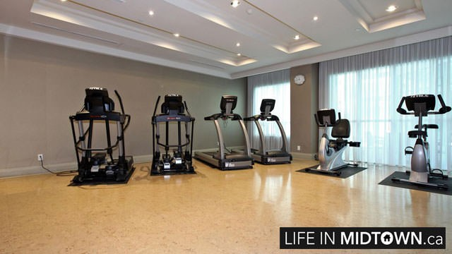 LifeInMidtown-Condos-319-Merton-Gym4