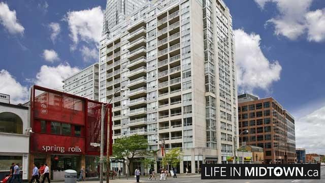 LifeInMidtown-Condos-43-Eglinton-Exterior