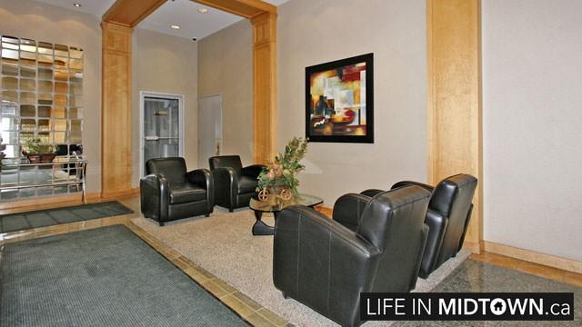 LifeInMidtown-Condos-43-Eglinton-Lobby