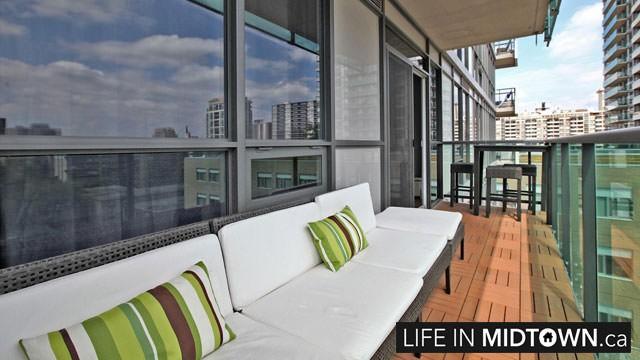 LifeInMidtown-Condos-70-Roehampton-Balcony