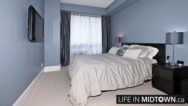LifeInMidtown-Condos-70-Roehampton-Bedroom