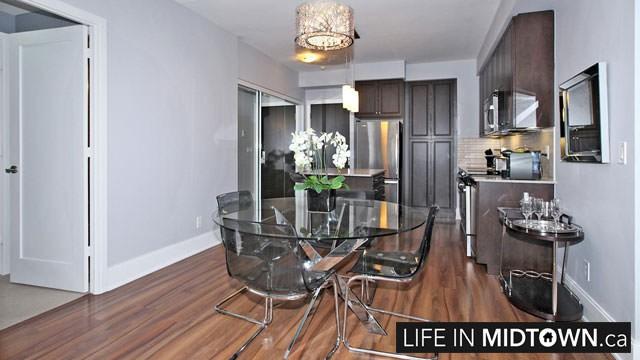 LifeInMidtown-Condos-70-Roehampton-Kitchen-Dining
