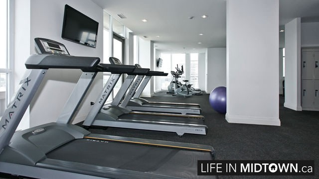 LifeInMidtown-Condos-83-Redpath-Gym-1