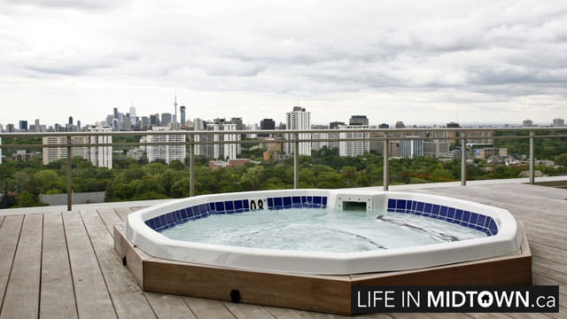 LifeInMidtown-Condos-83-Redpath-Rooftop-Terrace