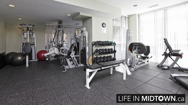 LifeInMidtown-Condos-900-MountPleasant-Gym-2