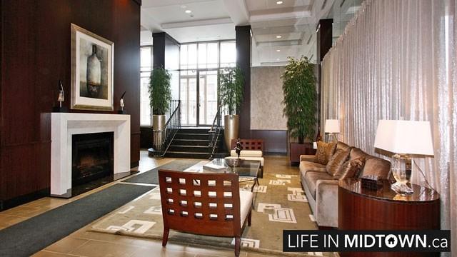 LifeInMidtown-Condos-900-MountPleasant-Lobby