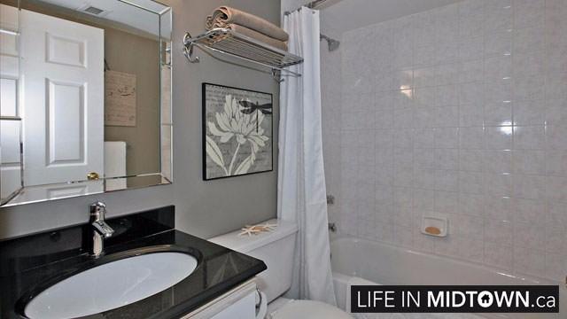 LifeInMidtown-Condos-Redpath-Lillian-Townhouses-Bathroom
