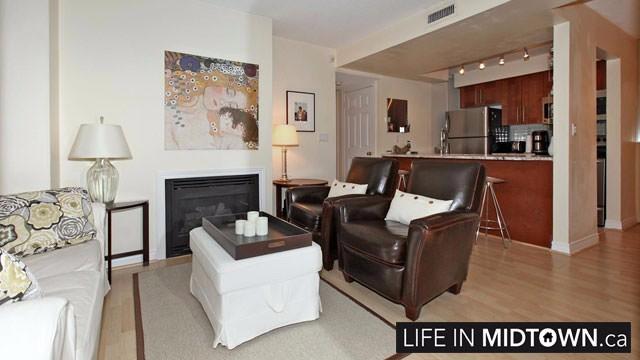 LifeInMidtown-Condos-Redpath-Lillian-Townhouses-Living-Room