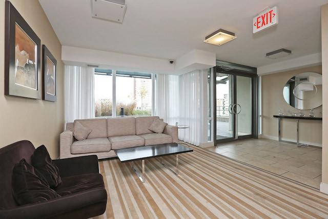 88 Broadway Ninth Floor Lounge