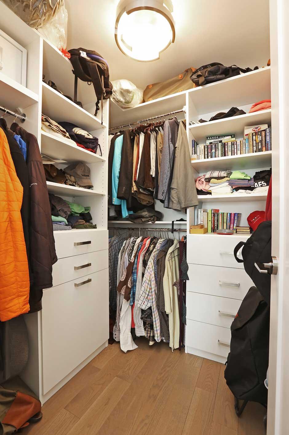 Primary-Bedroom-Closet-2
